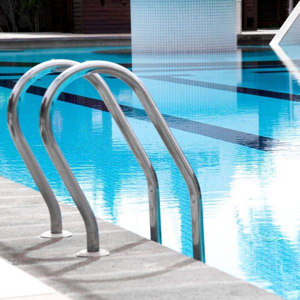 Liquid-pool-chlorine-dalcon-hygiene